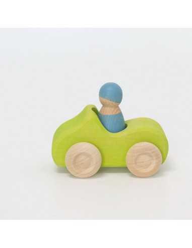 voiture-en-bois-verte-et-un-ami-grimm-s-mes-tendances-bio